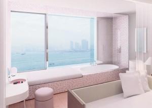 Hôtel Hong Kong ©AndréePutman2008 Un ruban de pâte de verre Bisazza encadre la baie vitrée pour une vue unique depuis son bain.