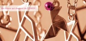 Bijoux Cocotte Power design Mops & Ari